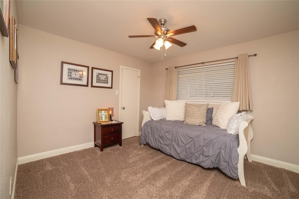2426 Sherwood  Drive, Grand Prairie, Texas 75050 - acquisto real estate nicest realtor in america shana acquisto