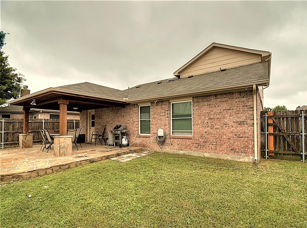 616 Creekview  Drive, Burleson, Texas 76028 - acquisto real estate best luxury home specialist shana acquisto