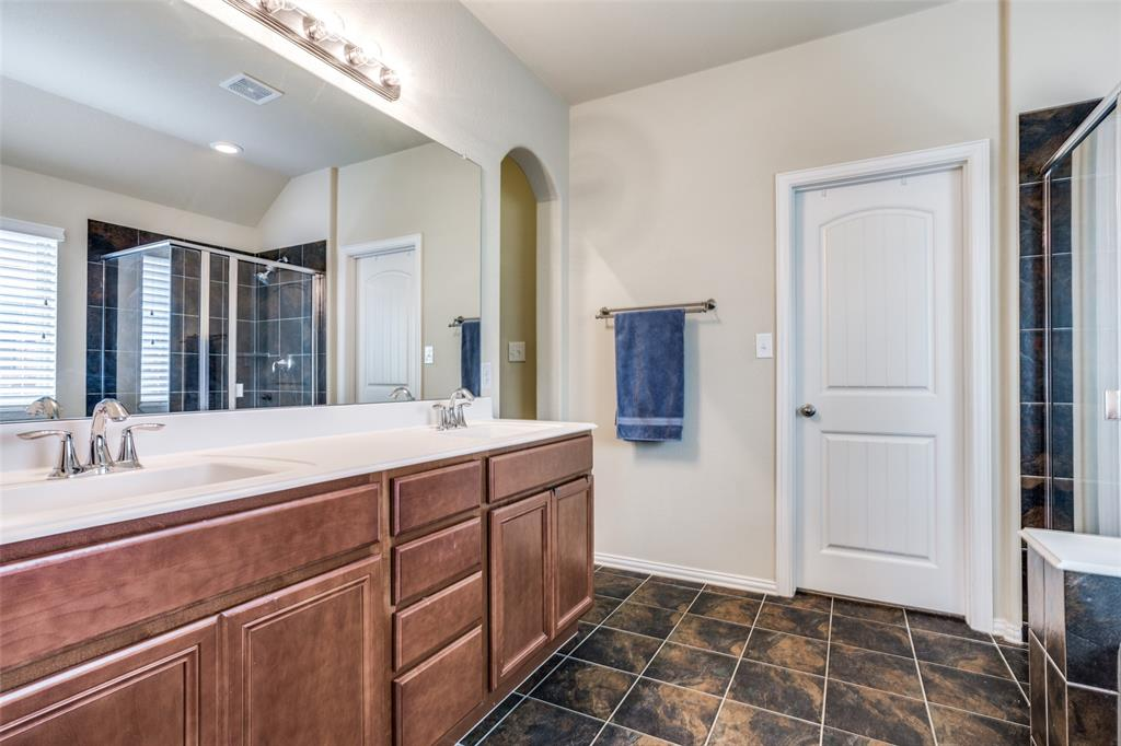 2924 Greenway  Drive, Burleson, Texas 76028 - acquisto real estate best photos for luxury listings amy gasperini quick sale real estate