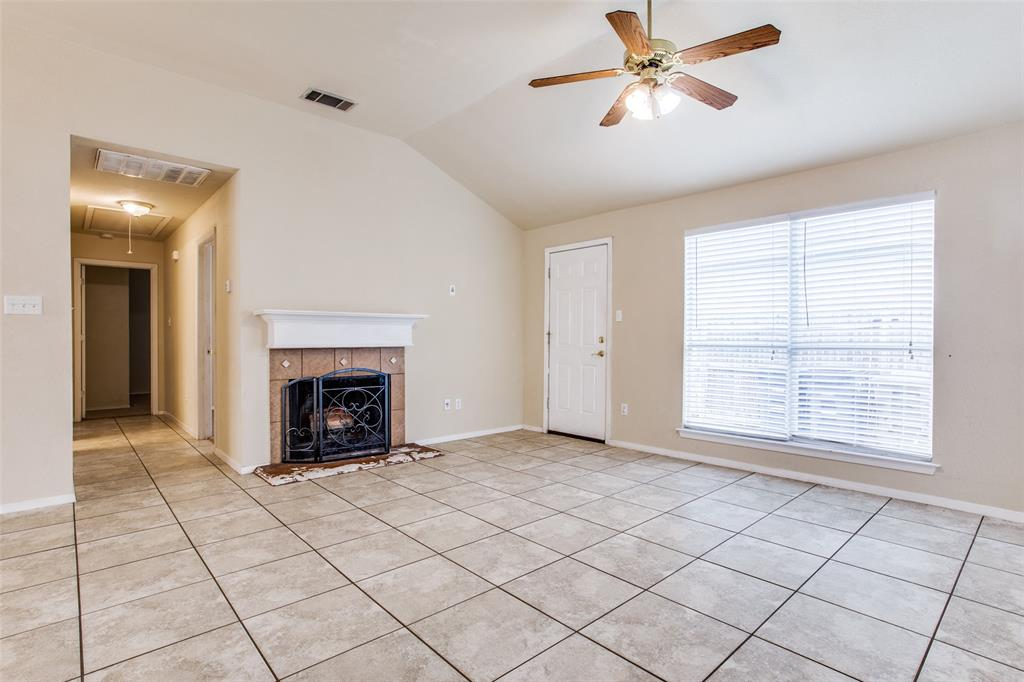 10632 Shadywood  Drive, Fort Worth, Texas 76140 - acquisto real estate best celina realtor logan lawrence best dressed realtor