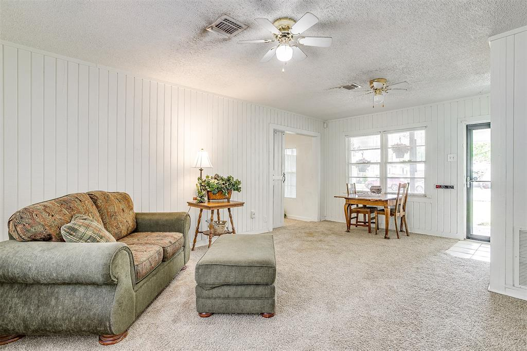 5884 Tracyne  Drive, Westworth Village, Texas 76114 - acquisto real estate best real estate company in frisco texas real estate showings