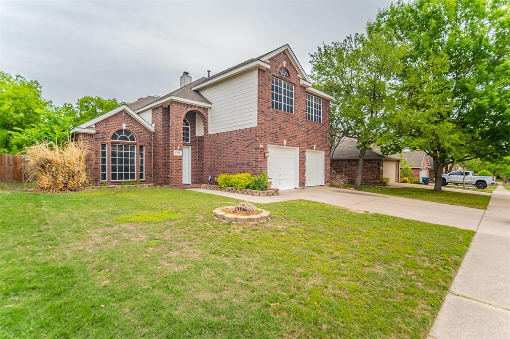 5958 Portridge  Drive, Fort Worth, Texas 76135 - acquisto real estate best realtor foreclosure real estate mike shepeherd walnut grove realtor