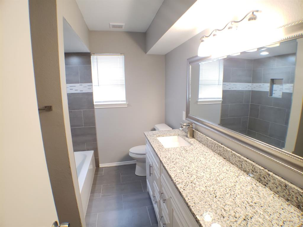 605 Lexington  Drive, Irving, Texas 75061 - acquisto real estate best celina realtor logan lawrence best dressed realtor