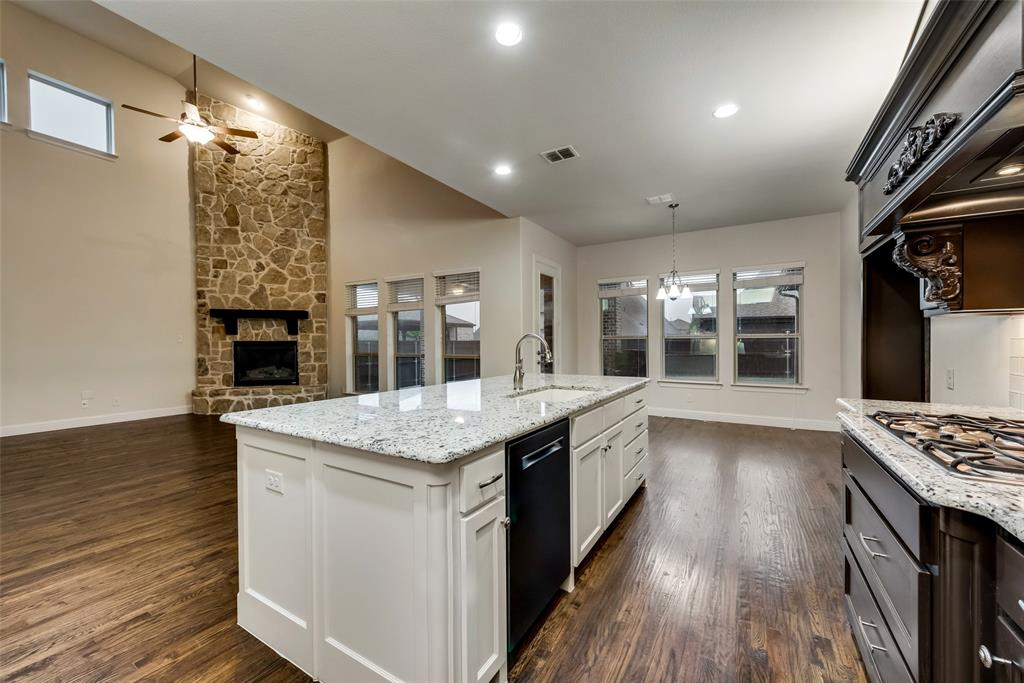 1024 Holston Hills  Trail, Roanoke, Texas 76262 - acquisto real estate best designer and realtor hannah ewing kind realtor