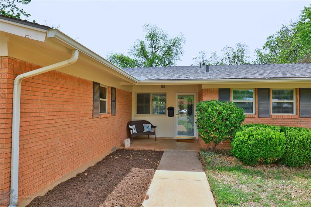 2215 Oakwood  Lane, Abilene, Texas 79605 - acquisto real estate best the colony realtor linda miller the bridges real estate
