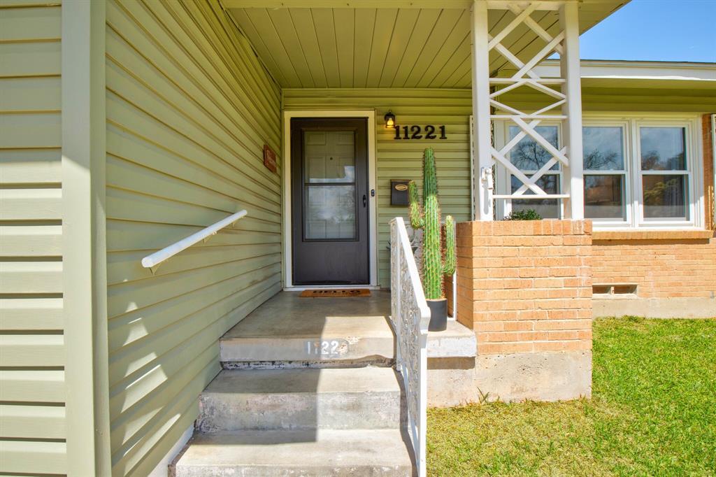 11221 Flamingo  Lane, Dallas, Texas 75218 - Acquisto Real Estate best frisco realtor Amy Gasperini 1031 exchange expert