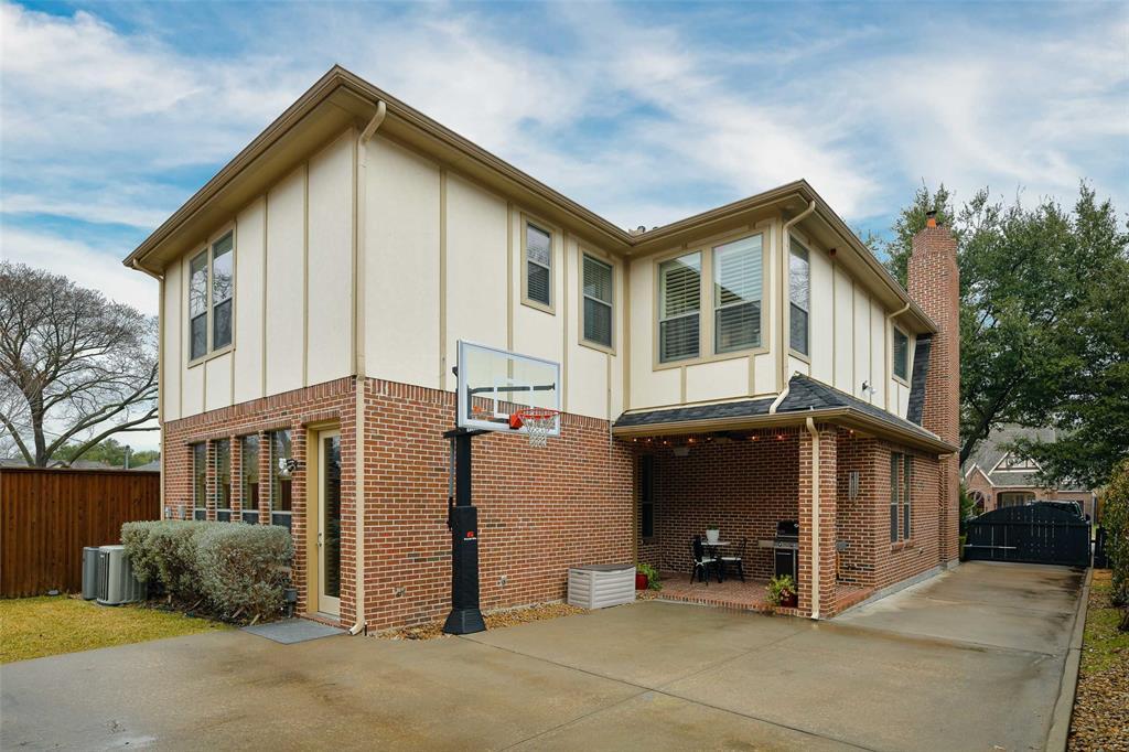 5226 Ridgedale  Avenue, Dallas, Texas 75206 - acquisto real estate best photo company frisco 3d listings
