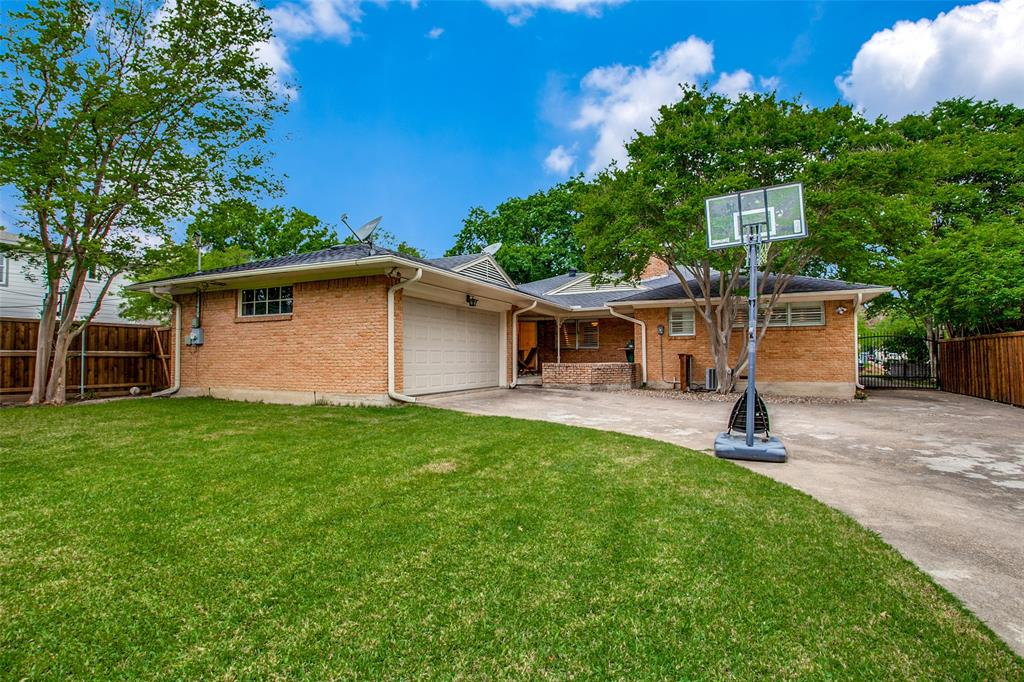 6240 Saratoga  Circle, Dallas, Texas 75214 - acquisto real estate best frisco real estate broker in texas for high net worth buyers