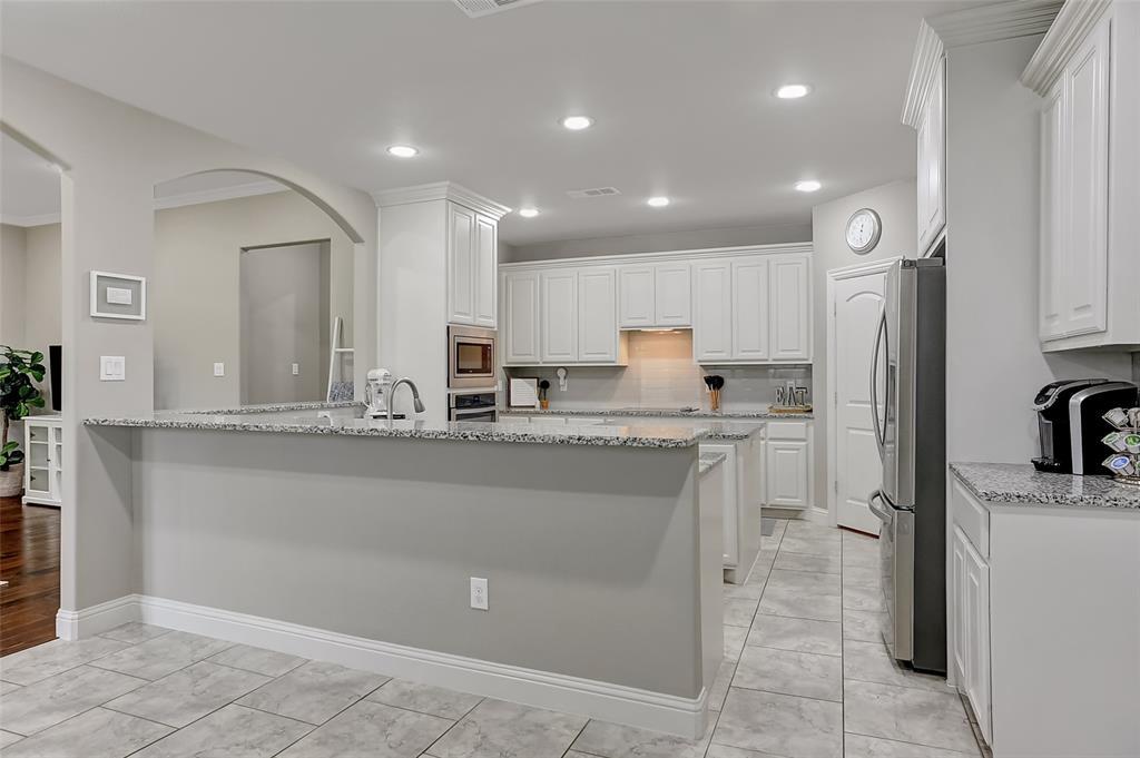3401 Preston Club  Drive, Sherman, Texas 75092 - acquisto real estate best real estate company to work for