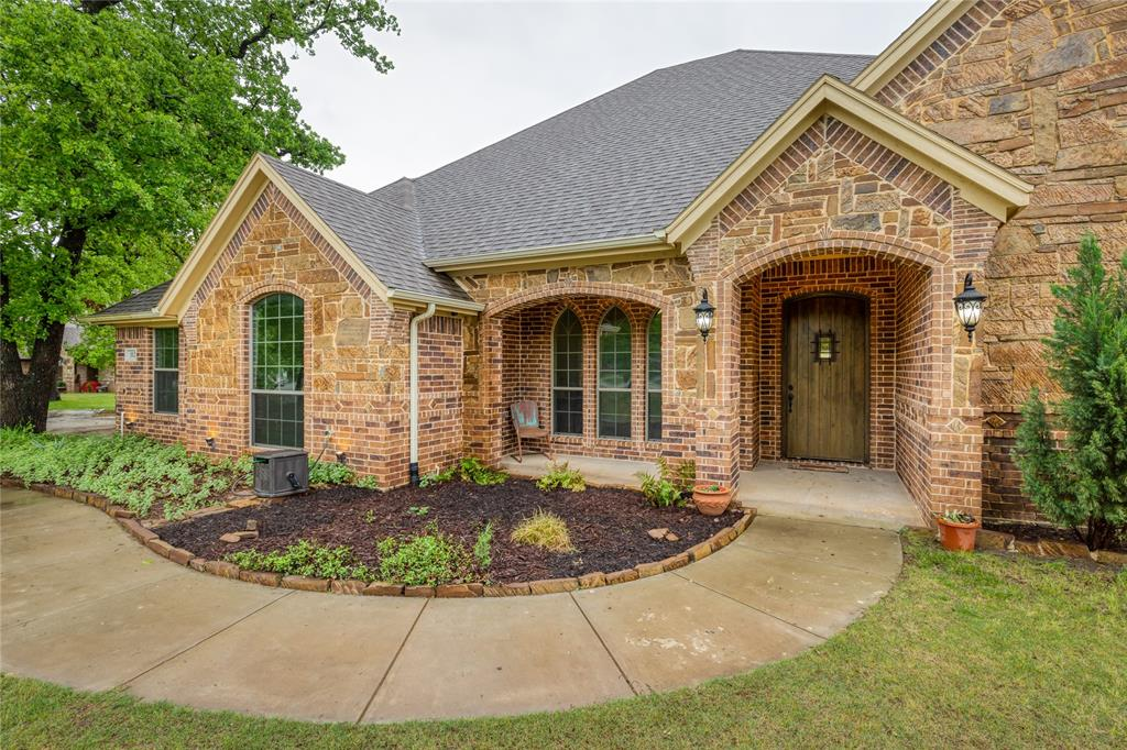 112 Mitch  Court, Boyd, Texas 76023 - Acquisto Real Estate best plano realtor mike Shepherd home owners association expert