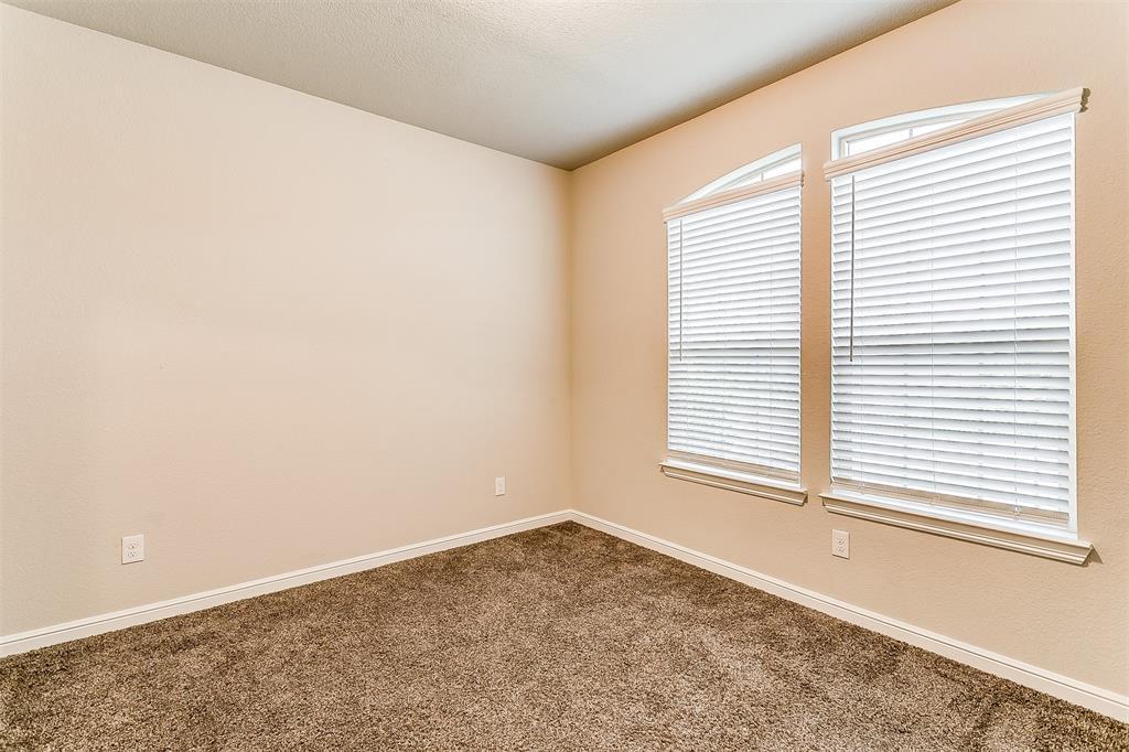 568 Pendennis  Drive, Saginaw, Texas 76131 - acquisto real estate best negotiating realtor linda miller declutter realtor