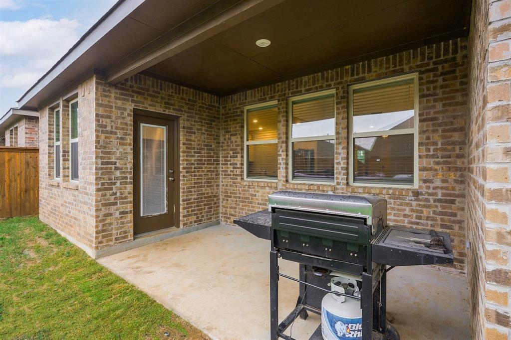 6313 Crownmere  Drive, Aubrey, Texas 76227 - acquisto real estate best luxury home specialist shana acquisto