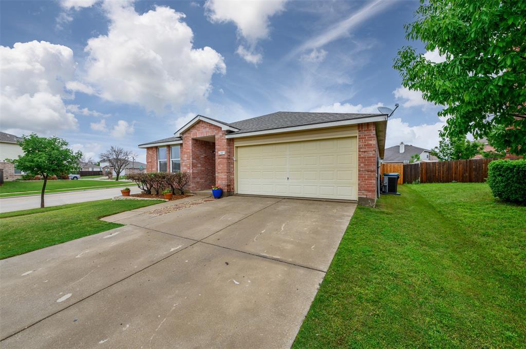 6101 Countess  Lane, Denton, Texas 76210 - acquisto real estate best the colony realtor linda miller the bridges real estate
