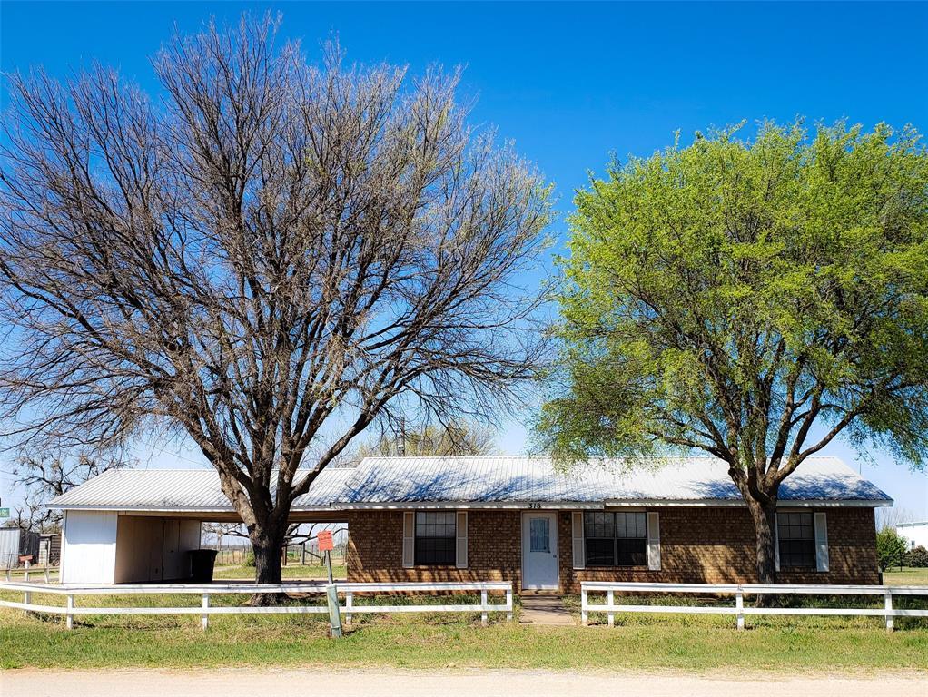 318 Kickapoo  Road, Bronte, Texas 76933 - Acquisto Real Estate best frisco realtor Amy Gasperini 1031 exchange expert