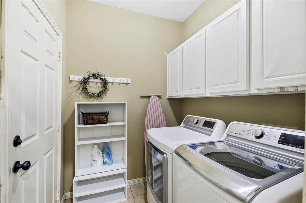 2404 Candlebrook  Drive, Flower Mound, Texas 75028 - acquisto real estate best investor home specialist mike shepherd relocation expert