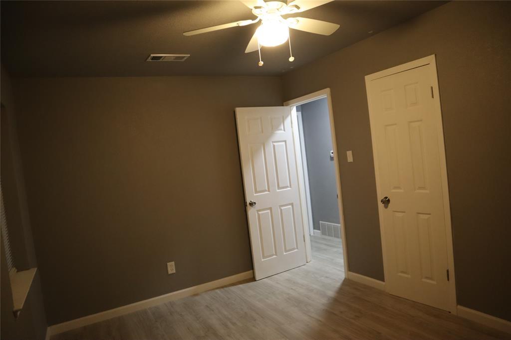 308 NE Craig St  Burleson, Texas 76028 - acquisto real estate best new home sales realtor linda miller executor real estate