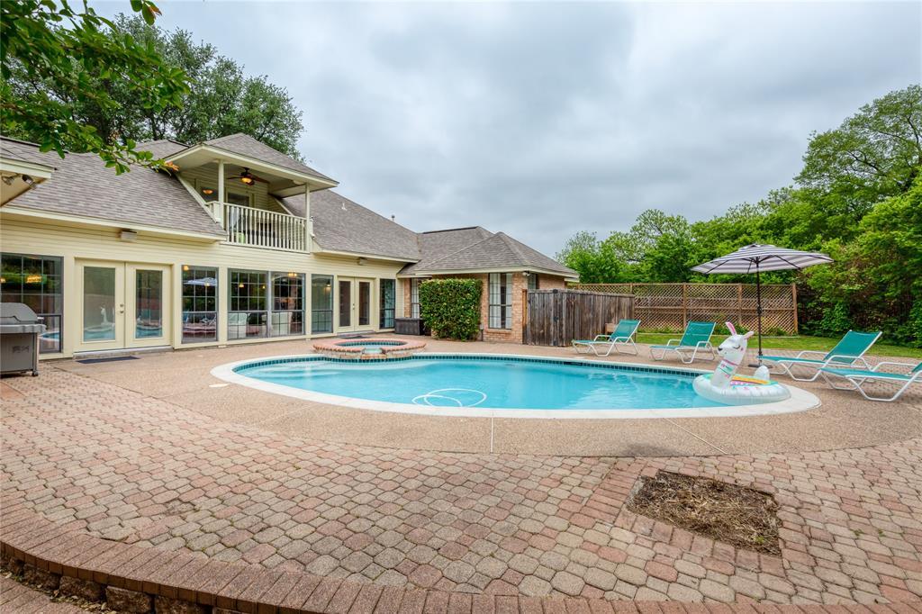 6804 Riverridge  Road, Fort Worth, Texas 76116 - acquisto real estate best negotiating realtor linda miller declutter realtor