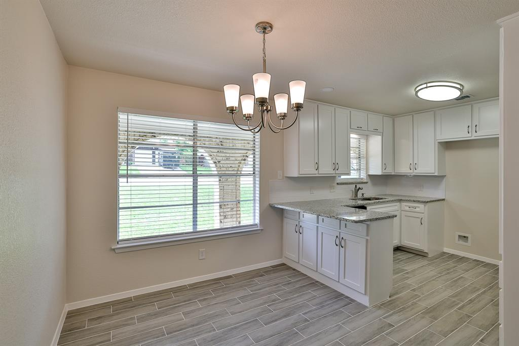 200 Lochness  Lane, Benbrook, Texas 76126 - acquisto real estate best real estate company in frisco texas real estate showings