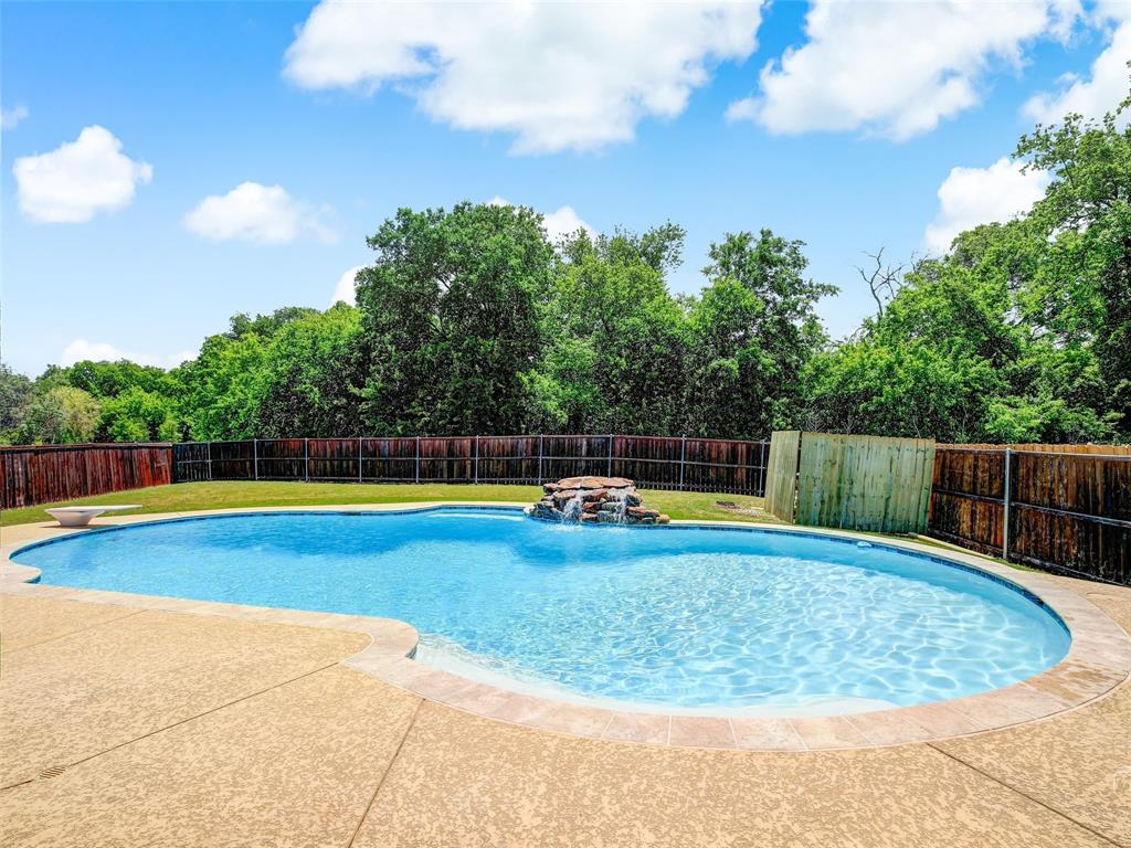 2516 Red Oak  Drive, Little Elm, Texas 75068 - Acquisto Real Estate best plano realtor mike Shepherd home owners association expert