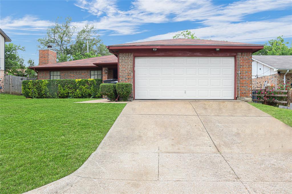 3741 Misty Meadow  Drive, Fort Worth, Texas 76133 - Acquisto Real Estate best mckinney realtor hannah ewing stonebridge ranch expert