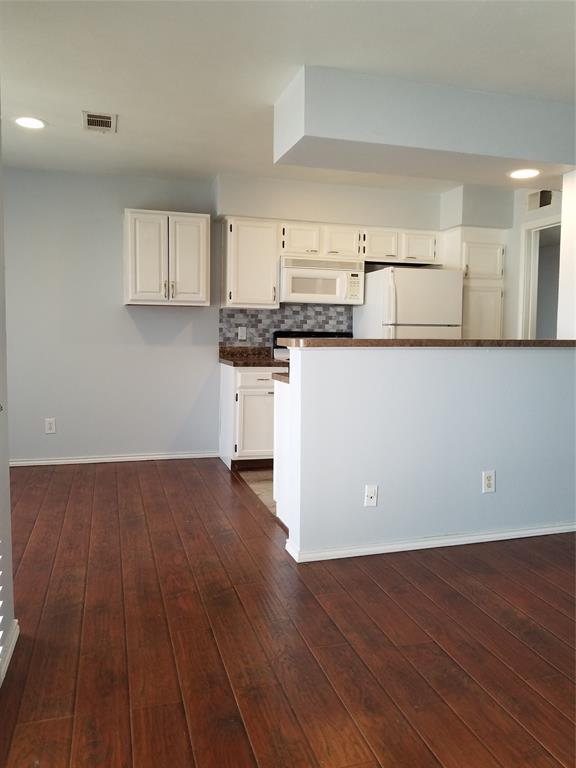 5722 Marvin Loving  Drive, Garland, Texas 75043 - acquisto real estate best real estate company to work for