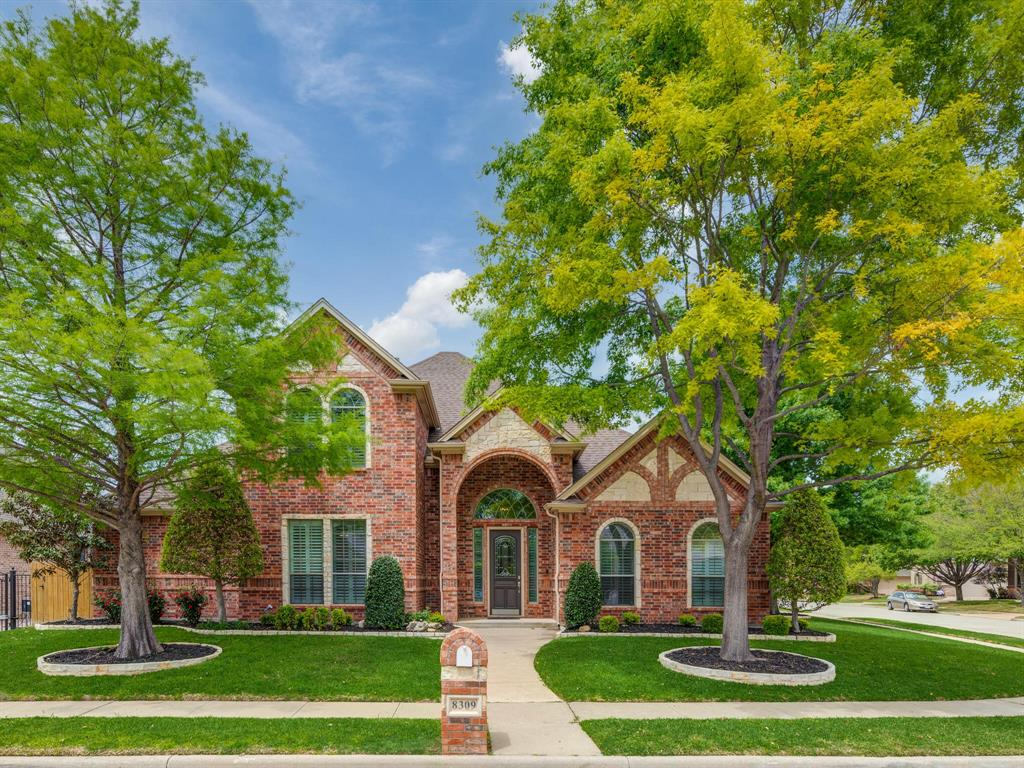 8309 Valley Oaks  Drive, North Richland Hills, Texas 76182 - Acquisto Real Estate best plano realtor mike Shepherd home owners association expert