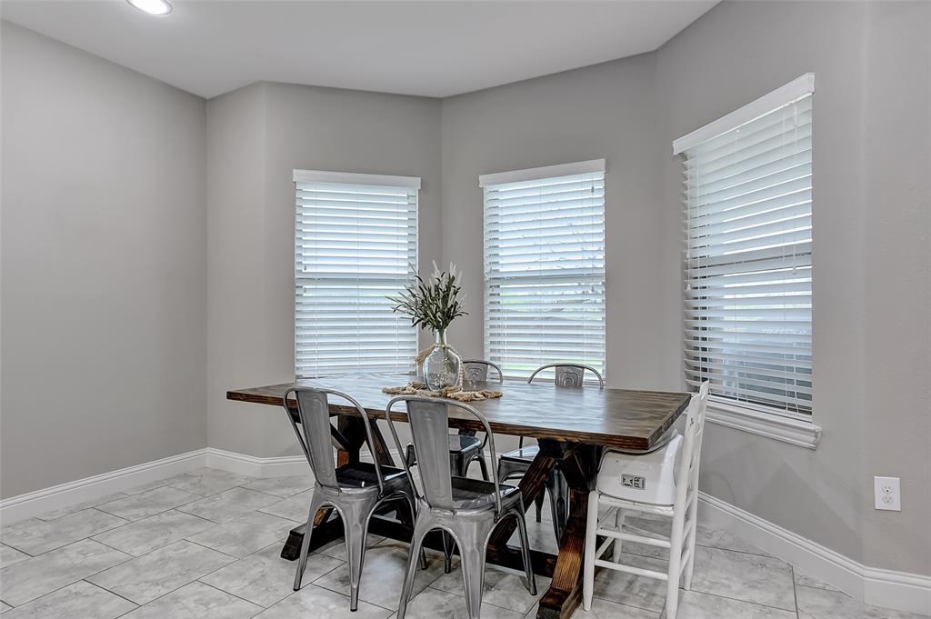 3401 Preston Club  Drive, Sherman, Texas 75092 - acquisto real estate best listing listing agent in texas shana acquisto rich person realtor