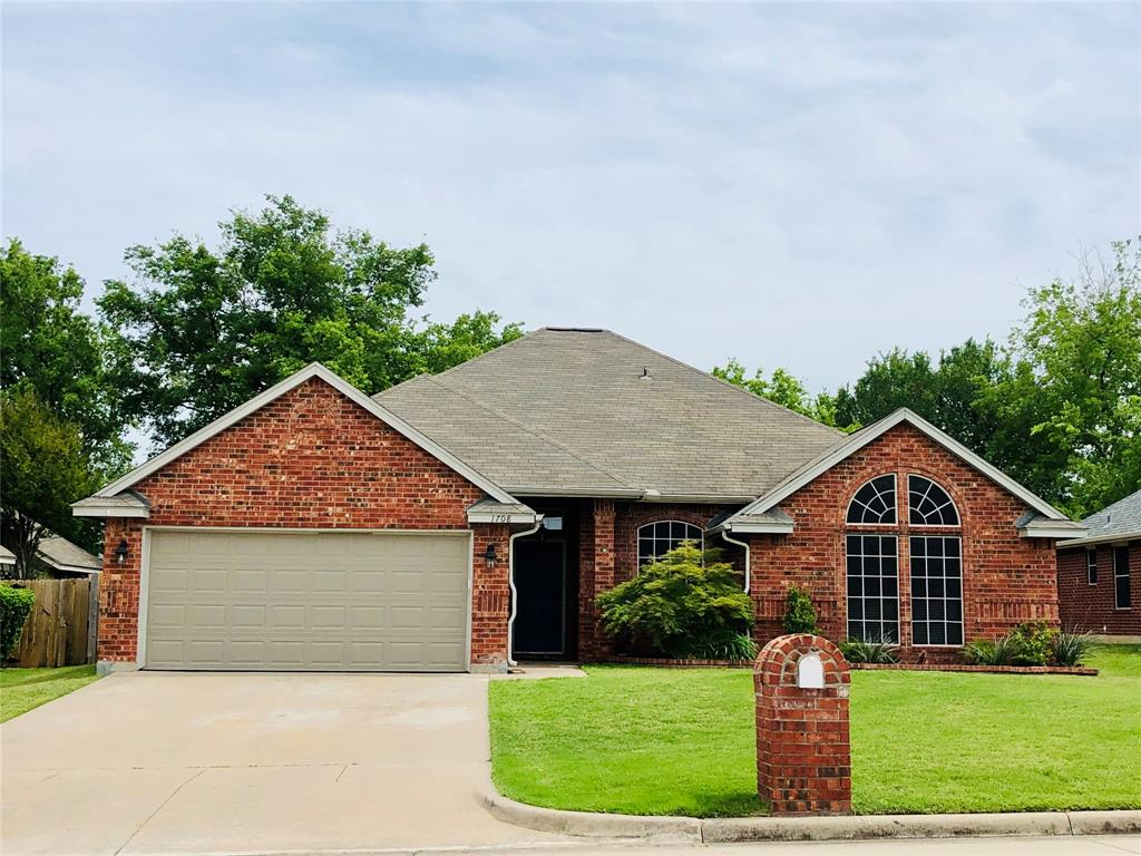 1708 Brittany  Lane, Mansfield, Texas 76063 - Acquisto Real Estate best plano realtor mike Shepherd home owners association expert