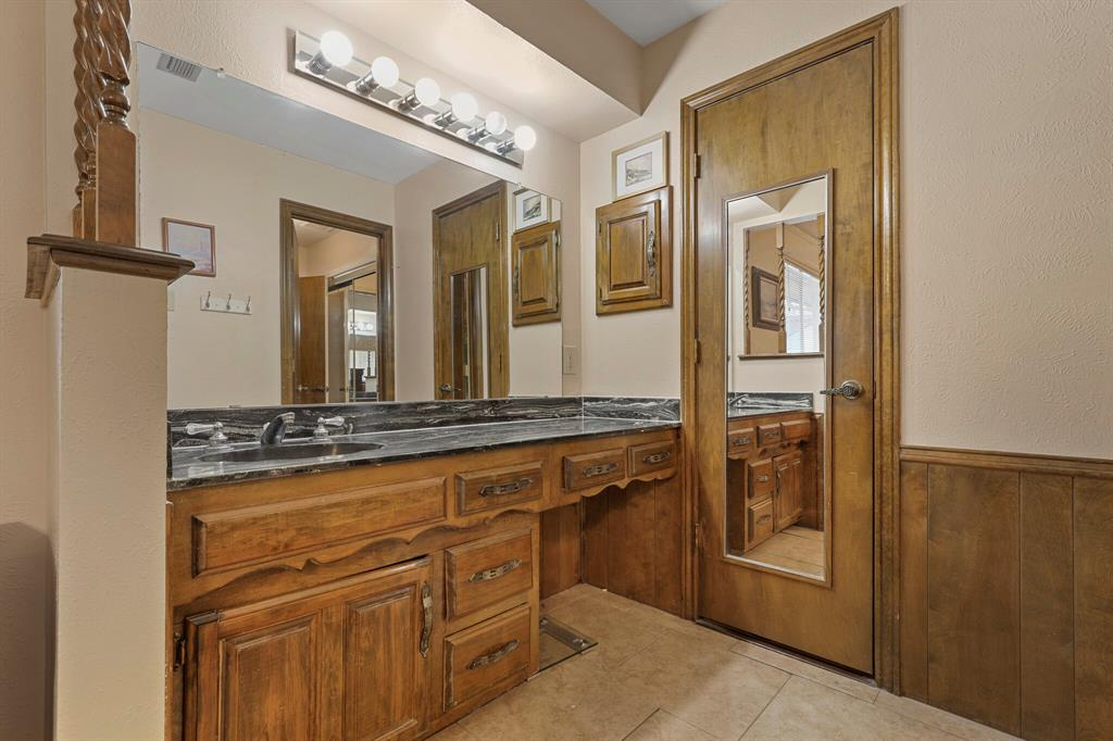 7126 Tabor  Drive, Dallas, Texas 75231 - acquisto real estaet best boutique real estate firm in texas for high net worth sellers