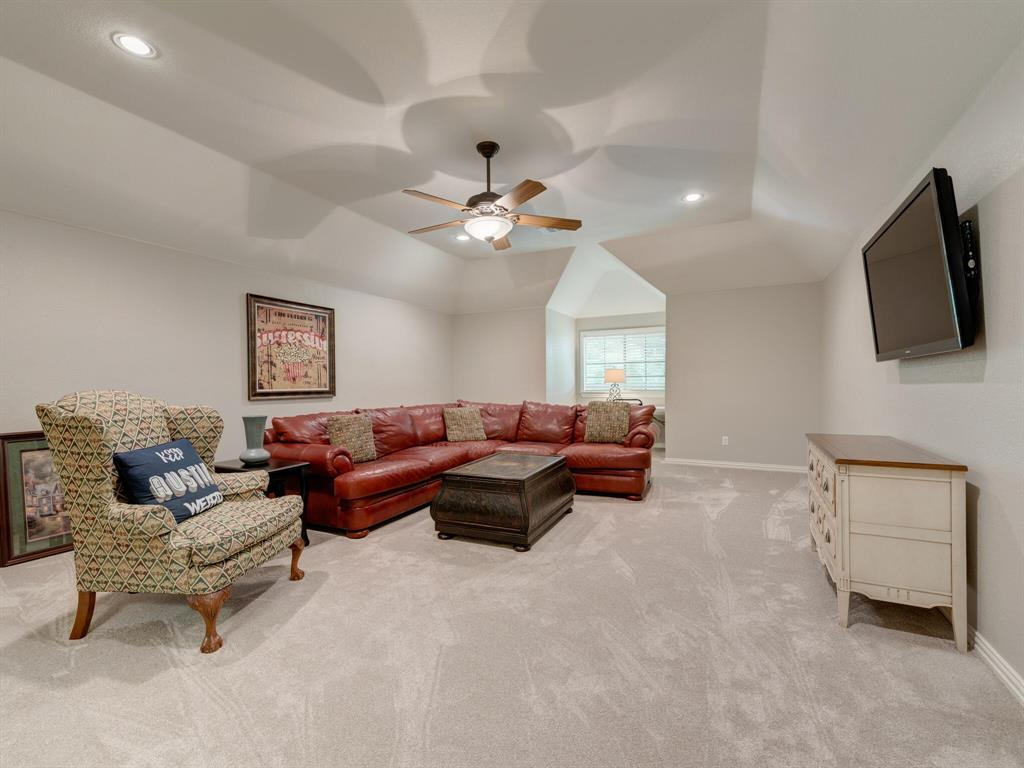 8309 Valley Oaks  Drive, North Richland Hills, Texas 76182 - acquisto real estate agent of the year mike shepherd