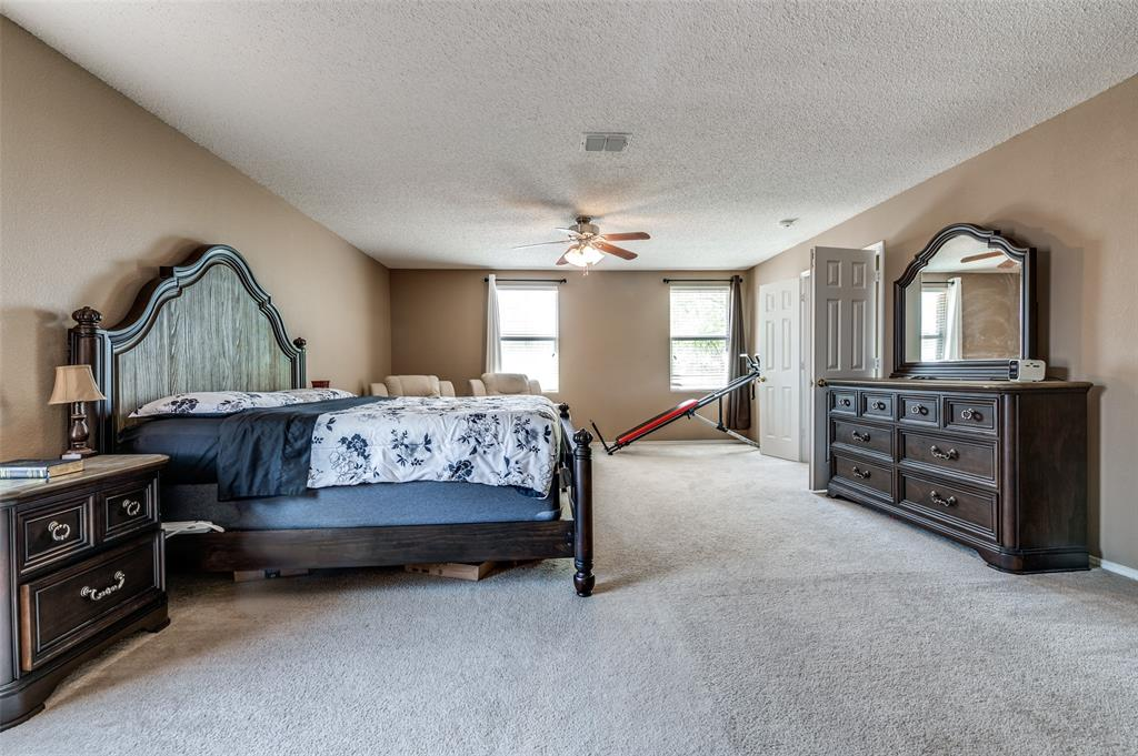 601 Jagera  Way, Arlington, Texas 76002 - acquisto real estate best listing agent in the nation shana acquisto estate realtor