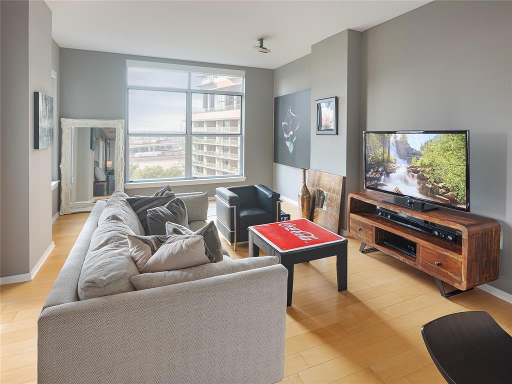 2323 Houston  Street, Dallas, Texas 75219 - Acquisto Real Estate best mckinney realtor hannah ewing stonebridge ranch expert