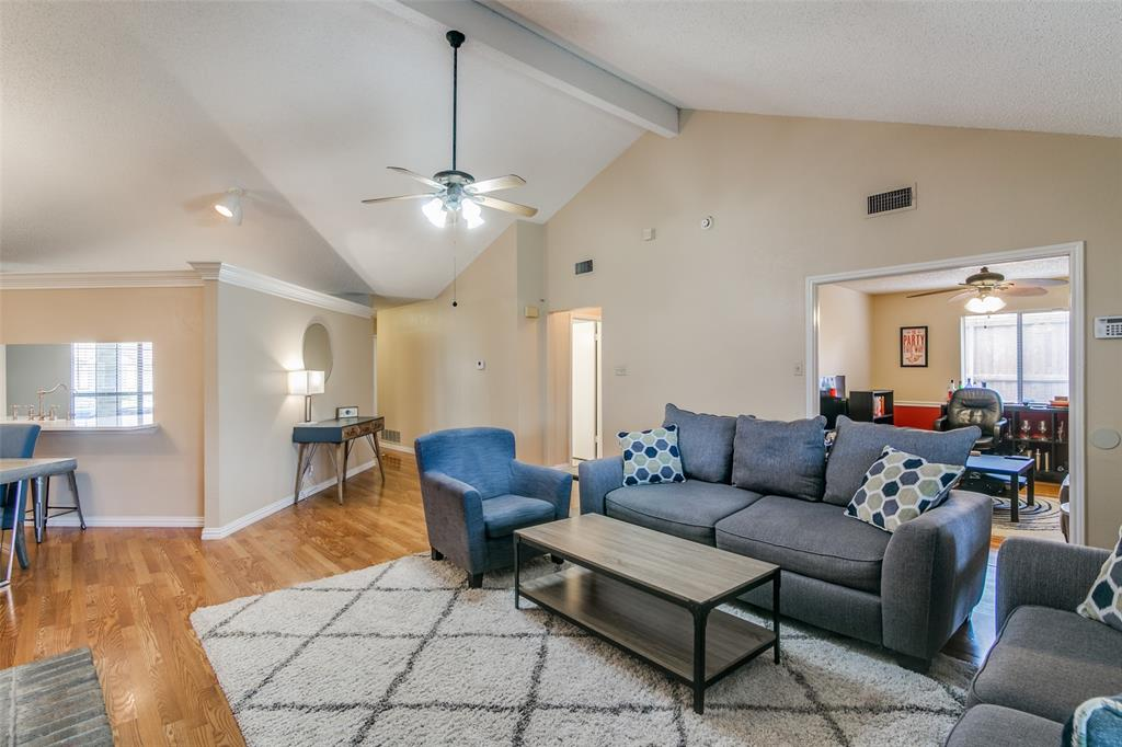 3205 Meadowood  Drive, Garland, Texas 75040 - acquisto real estate best highland park realtor amy gasperini fast real estate service