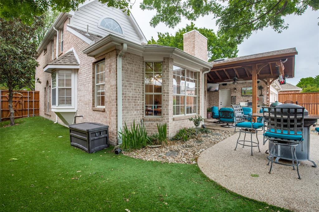 8104 Hazeltine  Drive, Plano, Texas 75025 - acquisto real estate mvp award real estate logan lawrence