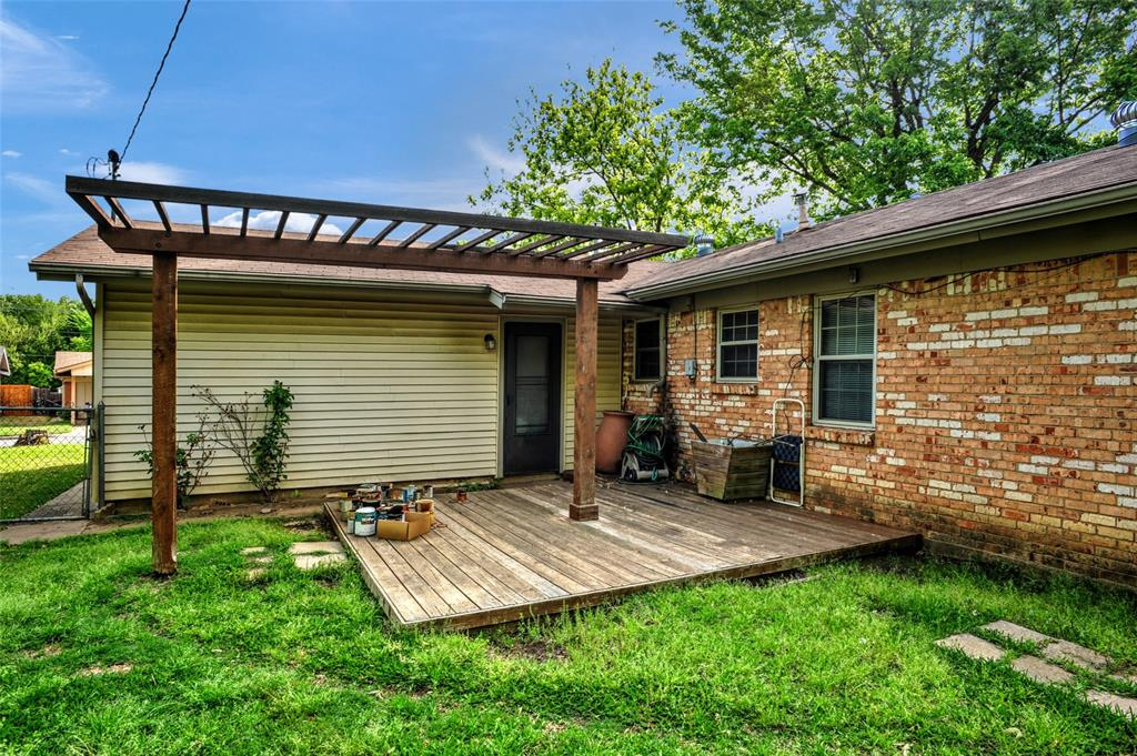 124 Imperial  Drive, Denison, Texas 75020 - acquisto real estate best flower mound realtor jody daley lake highalands agent of the year