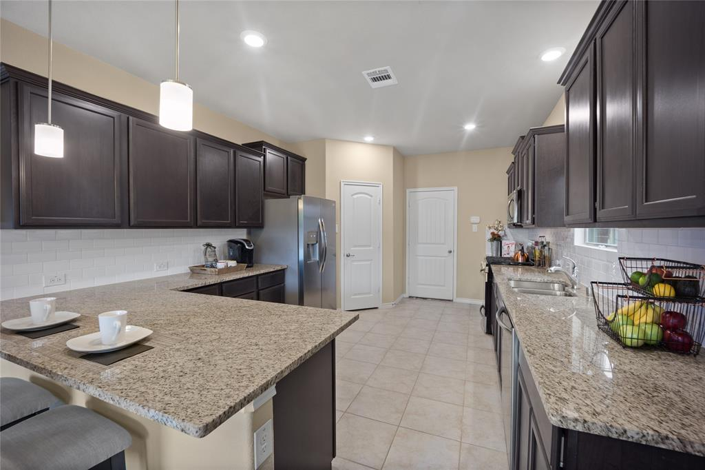 9920 Timberwolf  McKinney, Texas 75071 - acquisto real estate best real estate company in frisco texas real estate showings