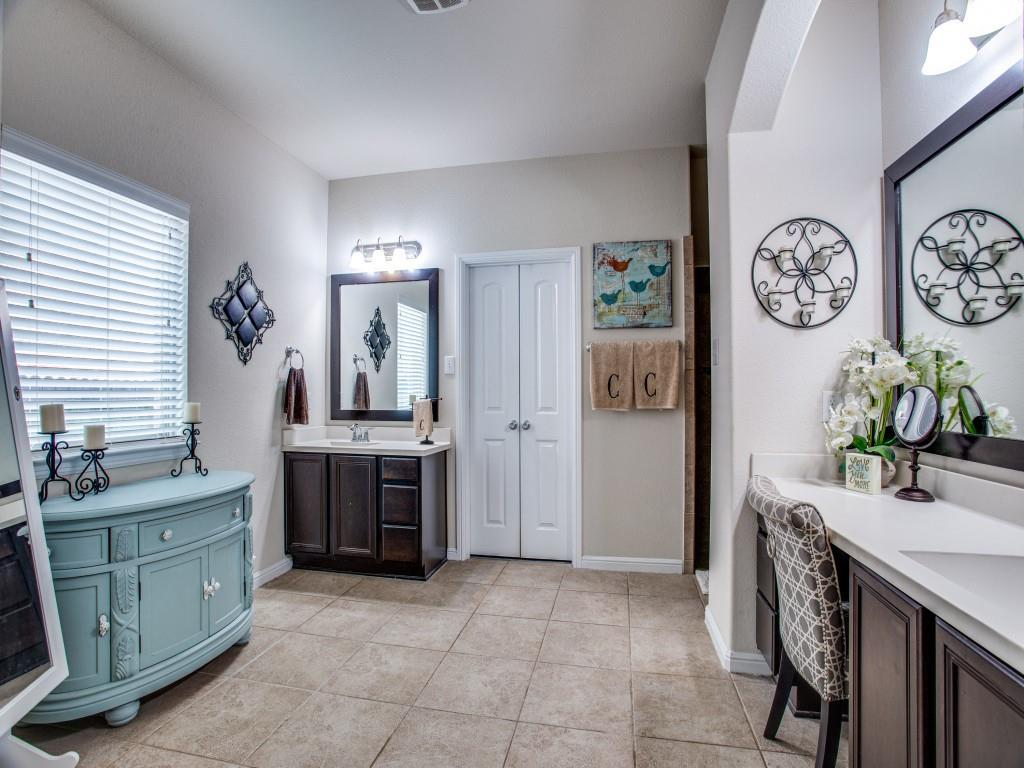 10413 Turning Leaf  Trail, Fort Worth, Texas 76131 - acquisto real estaet best boutique real estate firm in texas for high net worth sellers