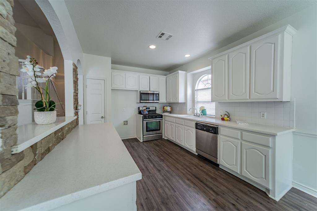 5958 Portridge  Drive, Fort Worth, Texas 76135 - acquisto real estate best flower mound realtor jody daley lake highalands agent of the year