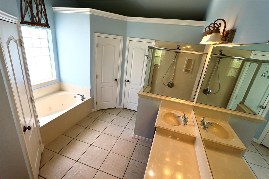 10188 Dennehy  Drive, Talty, Texas 75126 - acquisto real estate best designer and realtor hannah ewing kind realtor