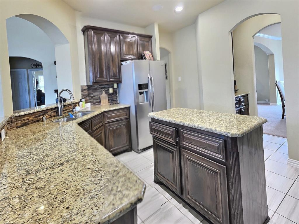 1032 Blue Heron  Drive, Forney, Texas 75126 - acquisto real estate best celina realtor logan lawrence best dressed realtor