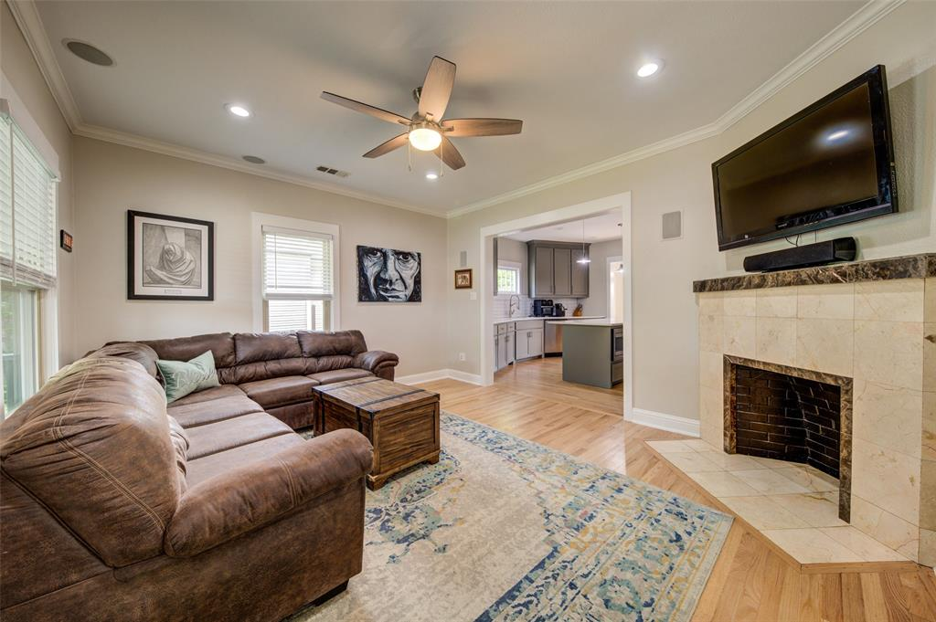 610 Clinton  Avenue, Dallas, Texas 75208 - acquisto real estate best designer and realtor hannah ewing kind realtor