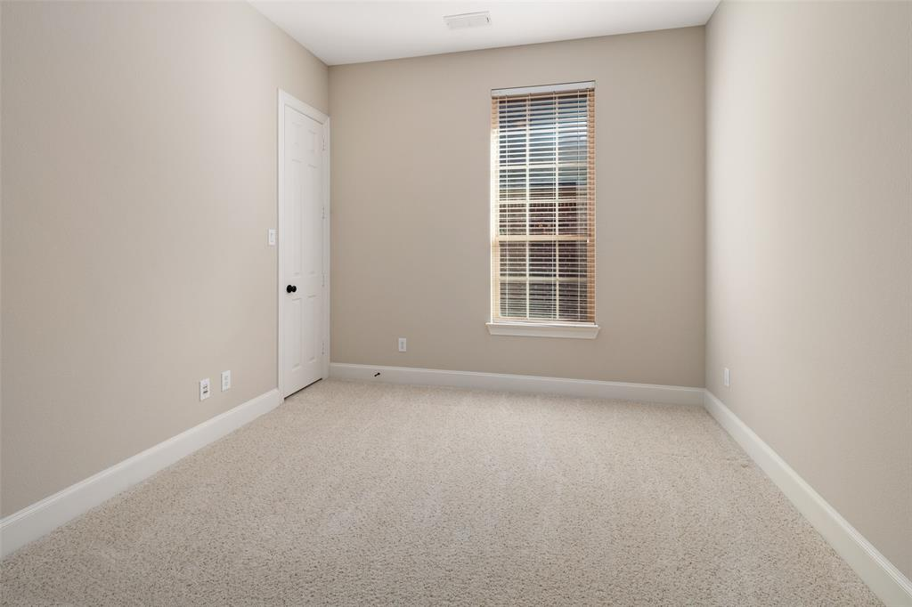 935 Pine Burst  Drive, Allen, Texas 75013 - acquisto real estate best realtor dallas texas linda miller agent for cultural buyers