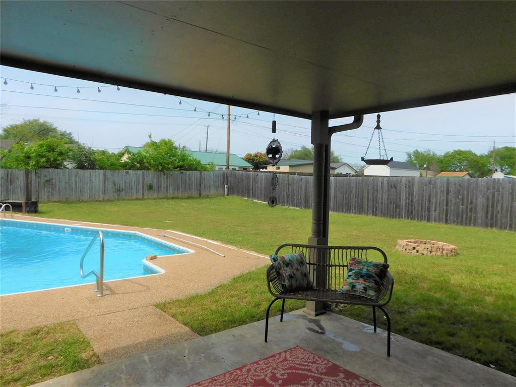 809 Pawnee  Trail, Hewitt, Texas 76643 - acquisto real estate best listing agent in the nation shana acquisto estate realtor