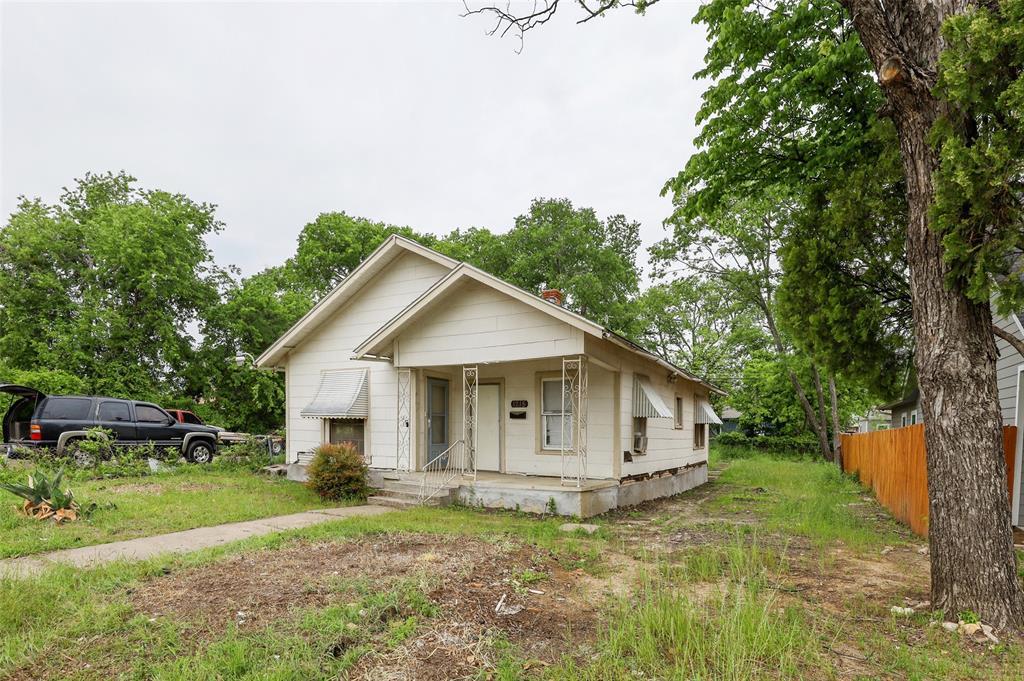 1215 Robert  Street, Fort Worth, Texas 76104 - acquisto real estate best allen realtor kim miller hunters creek expert