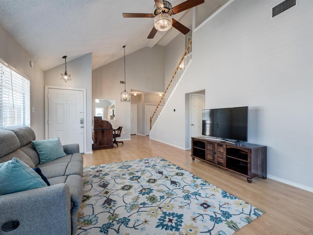 912 Azalia  Drive, Lewisville, Texas 75067 - acquisto real estate best celina realtor logan lawrence best dressed realtor