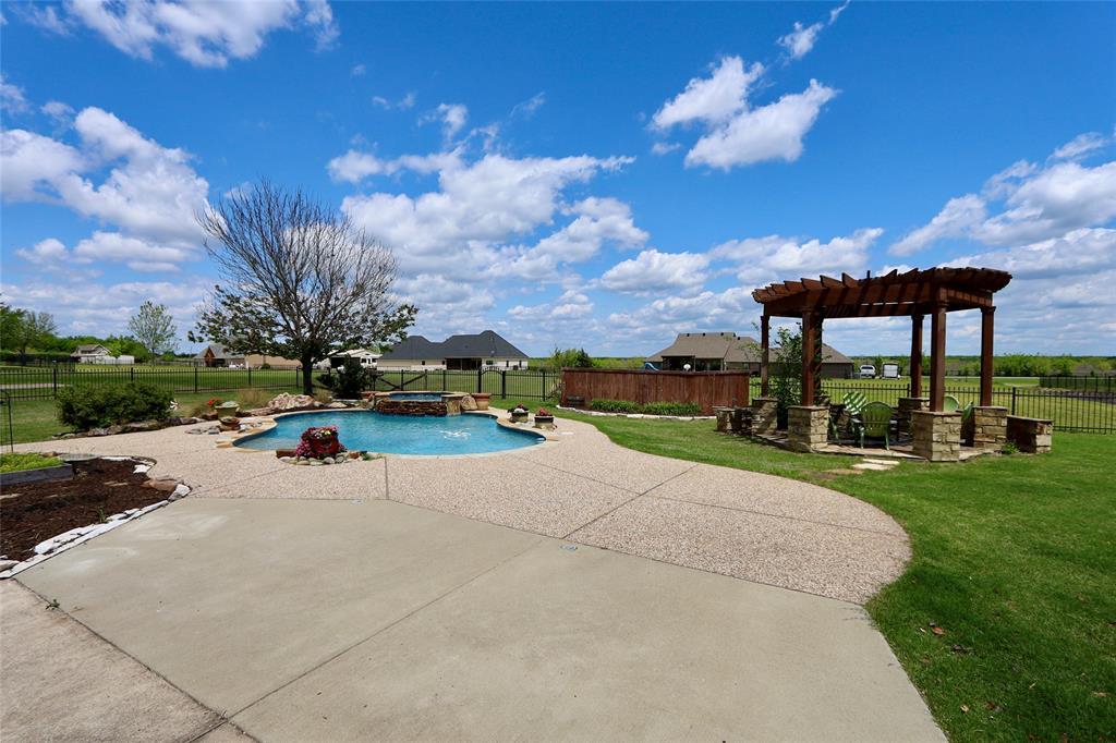 10188 Dennehy  Drive, Talty, Texas 75126 - acquisto real estate best prosper realtor susan cancemi windfarms realtor