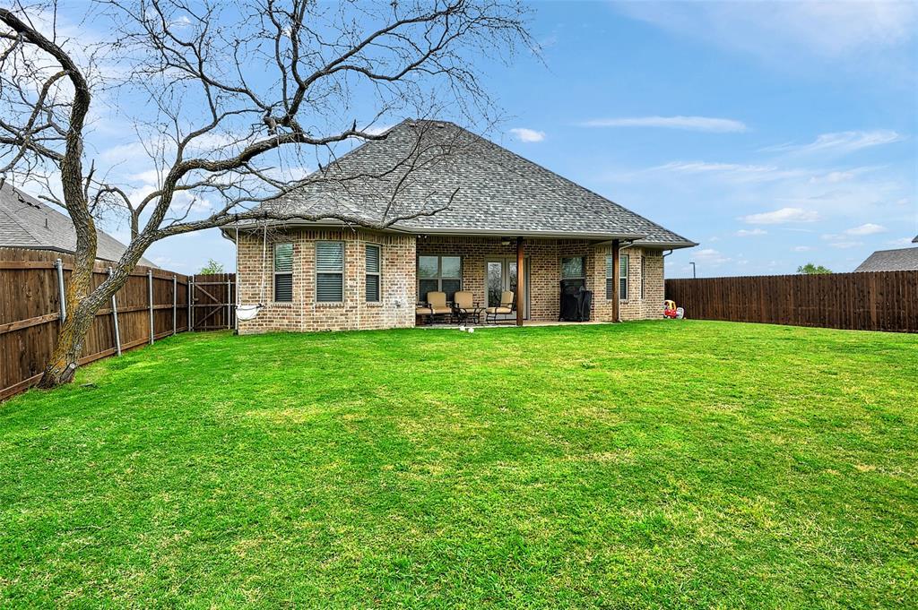 3401 Preston Club  Drive, Sherman, Texas 75092 - acquisto real estate best looking realtor in america shana acquisto