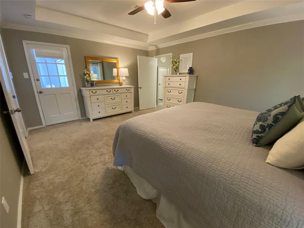 7227 Bluefield  Drive, Dallas, Texas 75248 - acquisto real estate best realtor dallas texas linda miller agent for cultural buyers