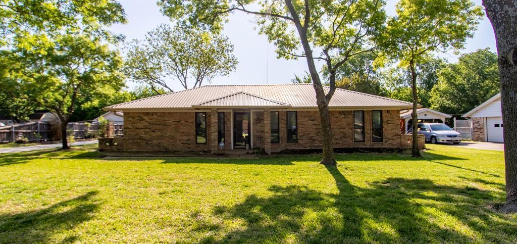 114 Carol  Lane, Pecan Hill, Texas 75154 - Acquisto Real Estate best frisco realtor Amy Gasperini 1031 exchange expert