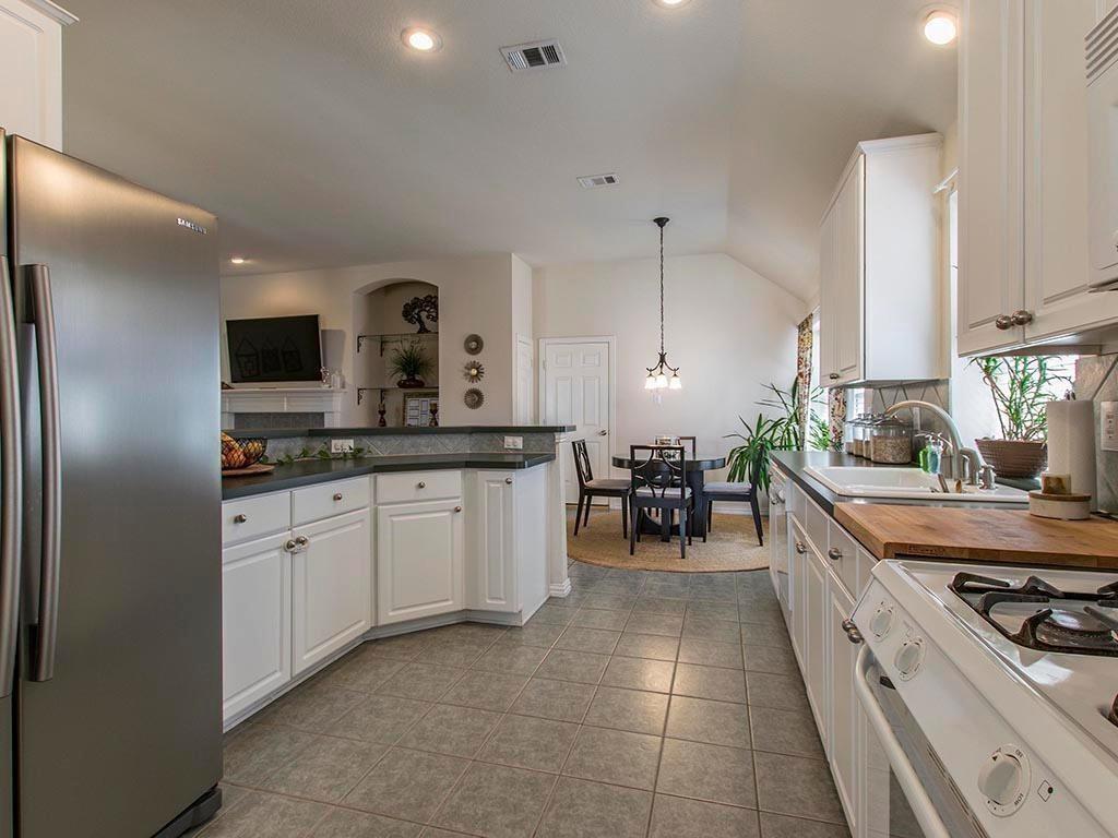 1813 Travis  Drive, Allen, Texas 75002 - acquisto real estate best negotiating realtor linda miller declutter realtor